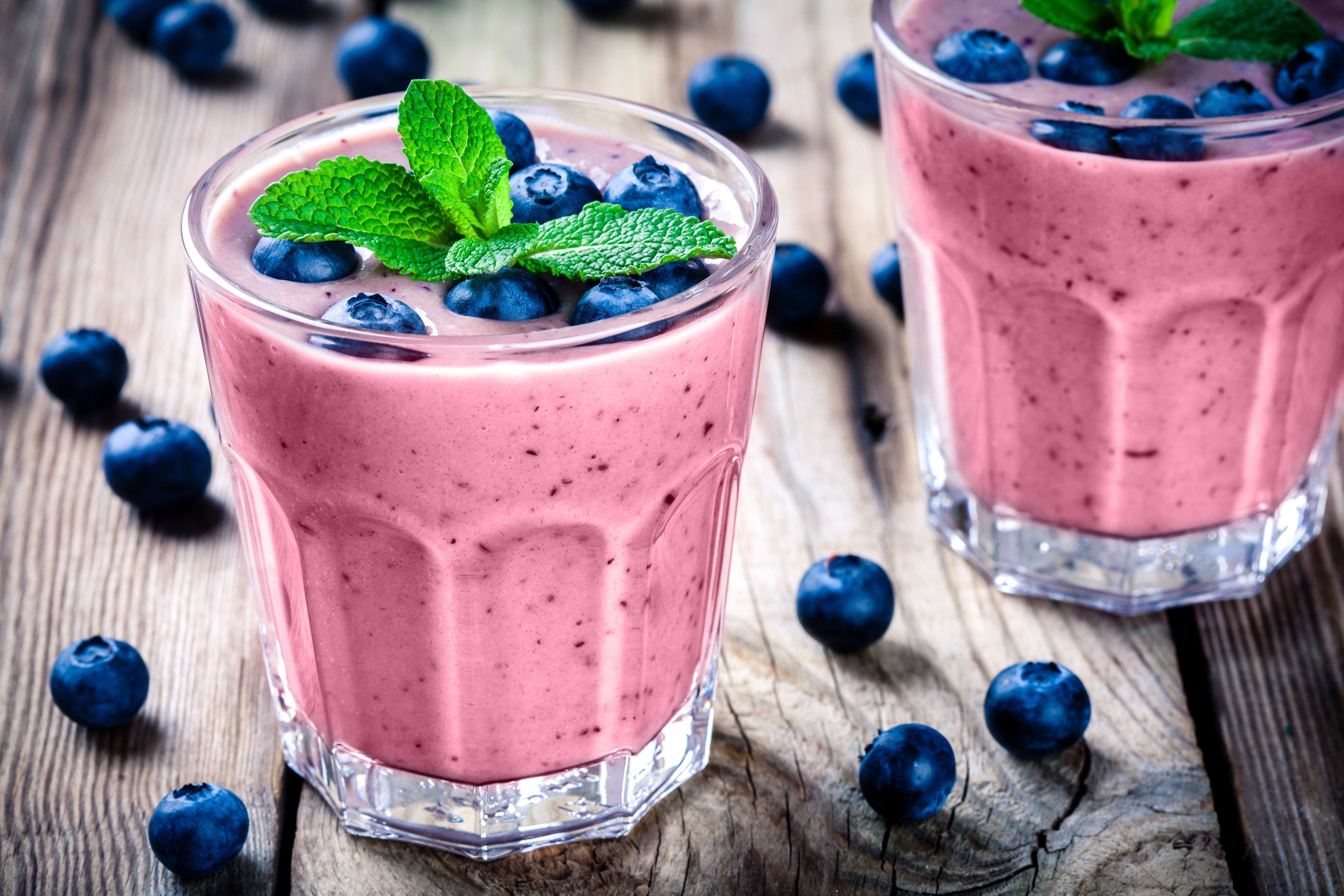 recipe image Iced Blueberry, Banana and Strawberry Smoothie