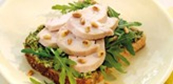 recipe image Chicken and Pesto Open Sandwich